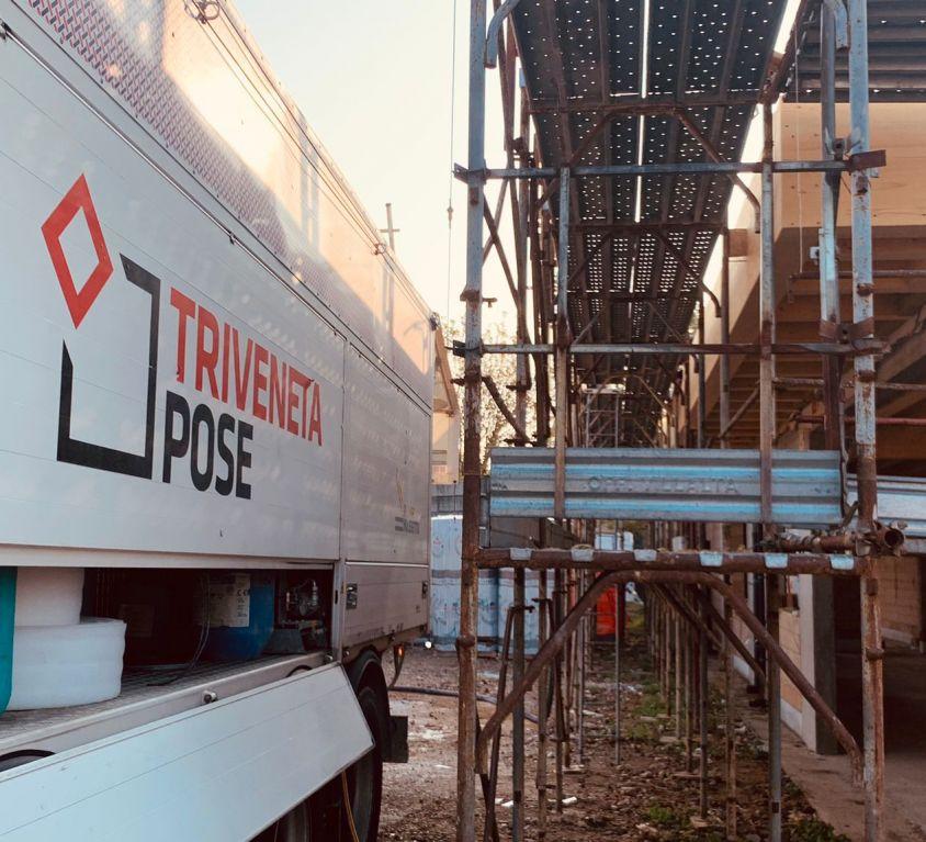 Massetto Concrete Rainproof Triveneta Pose